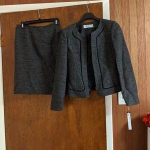 Tahari skirt suit size 2P